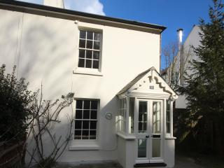 Seaside bolt hole close to Kingsdown beach,  Deal - Kingsdown vacation rentals