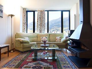 Viella nuevo 2 habitaciones - Vielha vacation rentals