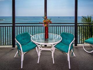 1 bedroom, 2 bath Ocean front Penthouse, great Ocean views, right down town - Kailua-Kona vacation rentals