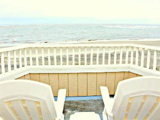 Port O'Call B-302 - Isle of Palms vacation rentals