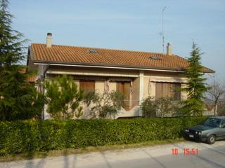 Lovely Holiday House 10 km from Riccione, Rimini - San Clemente vacation rentals
