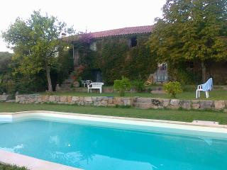 Beautiful 5 bedroom Marco de Canaveses Farmhouse Barn with Internet Access - Marco de Canaveses vacation rentals