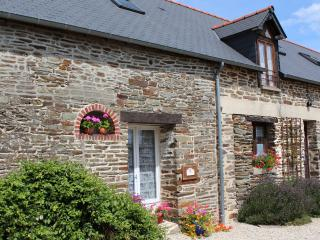 4 bedroom Gite with Internet Access in Bagnoles-de-l'orne - Bagnoles-de-l'orne vacation rentals