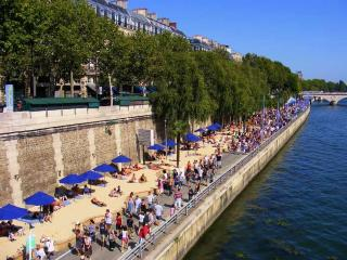 ST GERMAIN APT WITH A HUGE TERRACE~LOVELY VIEWS! - Paris vacation rentals