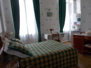 19 bedroom Apartment with Internet Access in Plombieres les Bains - Plombieres les Bains vacation rentals
