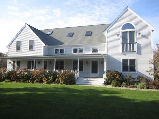 /17-thaxter-lane-edgartown-ma-02539/RICCJ/22830325 - Edgartown vacation rentals