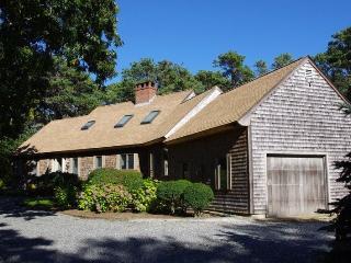 /2-quail-run-oak-bluffs-ma-02557/COURF/22676175 - Edgartown vacation rentals