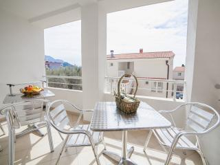 Apartments Ivan - Two Bedroom Apartment with Balcony (4 Adults) - Petrovac vacation rentals