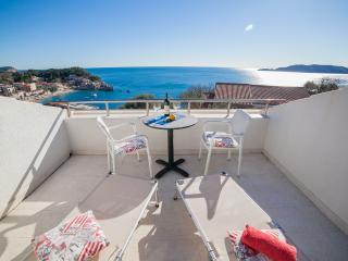 Studios Mona- Studio with Balcony (3 Adults) 4 - Sveti Stefan vacation rentals