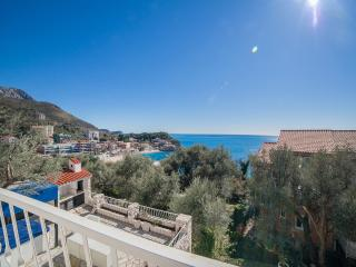 Studios Mona- Studio with Balcony and Sea View (3 Adults) 2 - Sveti Stefan vacation rentals