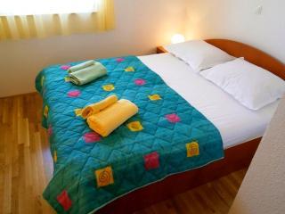 Villa Melita Apartment 3 - Okrug Gornji vacation rentals