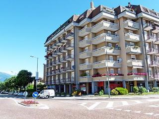 Romantic 1 bedroom Apartment in Luino - Luino vacation rentals