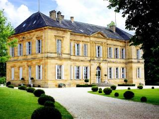 Chateau Isly - Lanouaille vacation rentals
