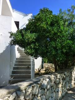 Nice 2 bedroom Apartment in Pag with Towels Provided - Pag vacation rentals