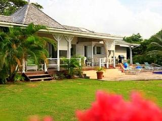 Wonderful House with Internet Access and Private Outdoor Pool - Saint Lucia vacation rentals