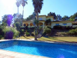 Comfortable 5 bedroom House in Sotogrande - Sotogrande vacation rentals
