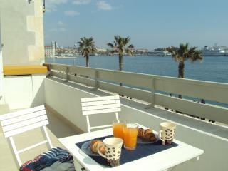 Sunny 2 bedroom Split Condo with Internet Access - Split vacation rentals