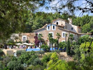 Casa Le Font - Olivella vacation rentals