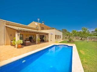 Casa Queimada - Inca vacation rentals