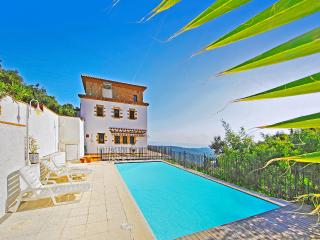 4 bedroom House with Private Outdoor Pool in Costa Brava - Costa Brava vacation rentals