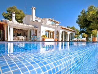 3 bedroom House with Private Outdoor Pool in La Llobella - La Llobella vacation rentals