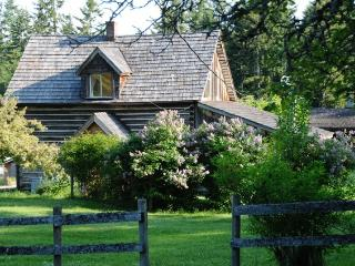 2 Bedroom Heritage Farmhouse - Salt Spring Island vacation rentals
