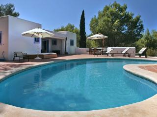 Bright House in Ibiza with DVD Player, sleeps 10 - Ibiza vacation rentals