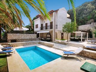 Perfect 5 bedroom House in Dubrovnik - Dubrovnik vacation rentals