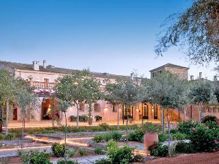 Palacio Paloma - Orient vacation rentals