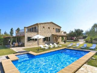 4 bedroom House with Private Outdoor Pool in Cala San Vincente - Cala San Vincente vacation rentals