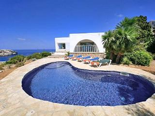 Perfect 3 bedroom Cala San Vincente House with Private Outdoor Pool - Cala San Vincente vacation rentals