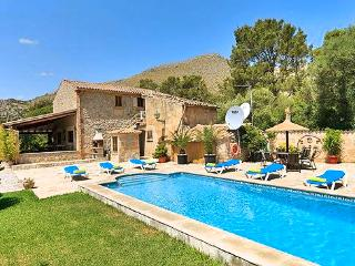 Beautiful 3 bedroom House in Puerto Pollensa - Puerto Pollensa vacation rentals