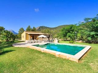 Charming 2 bedroom House in Pollenca - Pollenca vacation rentals