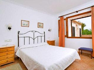 Charming 2 bedroom House in Puerto Pollensa with DVD Player - Puerto Pollensa vacation rentals
