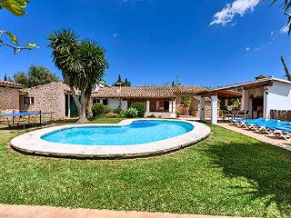 Perfect House with DVD Player and A/C - Pollenca vacation rentals