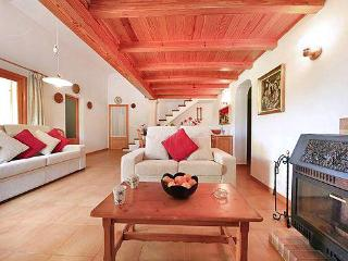 Perfect 3 bedroom House in Cala San Vincente with DVD Player - Cala San Vincente vacation rentals