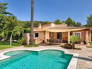 Beautiful 2 bedroom House in Pollenca - Pollenca vacation rentals