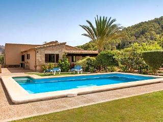 Charming House with DVD Player and A/C - Port de Pollenca vacation rentals