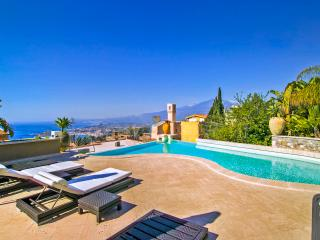 Gorgeous 6 bedroom House in Taormina - Taormina vacation rentals