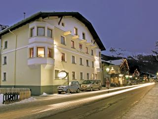 10 bedroom House with Internet Access in Sankt Anton Am Arlberg - Sankt Anton Am Arlberg vacation rentals
