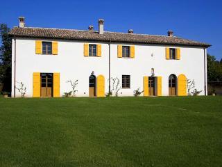 Podere Casetta - Bagnara di Romagna vacation rentals