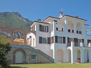 Villa Storia - Toscolano-Maderno vacation rentals