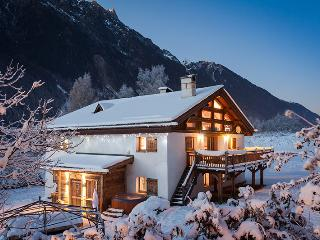 Gorgeous 8 bedroom Chamonix House with Internet Access - Chamonix vacation rentals