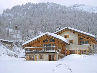 Charming House with Internet Access and DVD Player - Chamonix vacation rentals