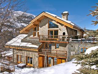 Lovely House in Meribel with DVD Player, sleeps 10 - Meribel vacation rentals