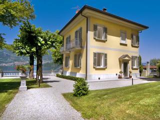 4 bedroom House with Waterfront in Lezzeno - Lezzeno vacation rentals