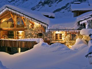 Beautiful House with Internet Access and Hot Tub - Val-d'Isère vacation rentals
