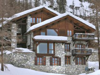 Wonderful House with DVD Player and Fireplace - Val d'Isère vacation rentals