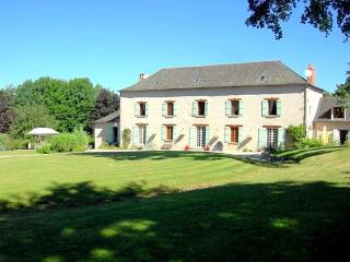 Perfect House with Internet Access and DVD Player - Saint-Jal vacation rentals