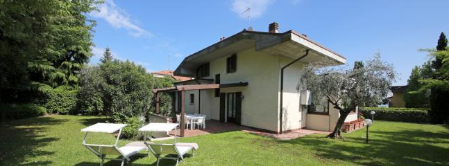 Villa Marissa - Image 1 - Padenghe sul Garda - rentals